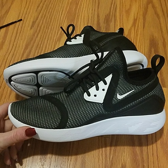 Nike Shoes Lunarcharge Breathe Sneaker New Poshmark